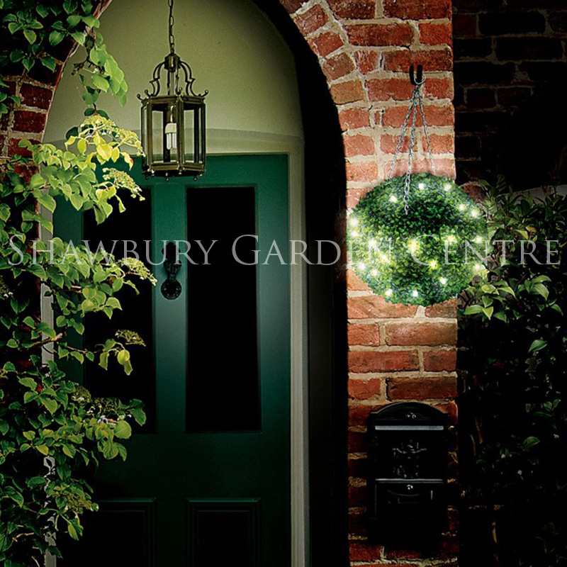 Picture of Gardman Leaf Topiary Ball with Battery LED Lights