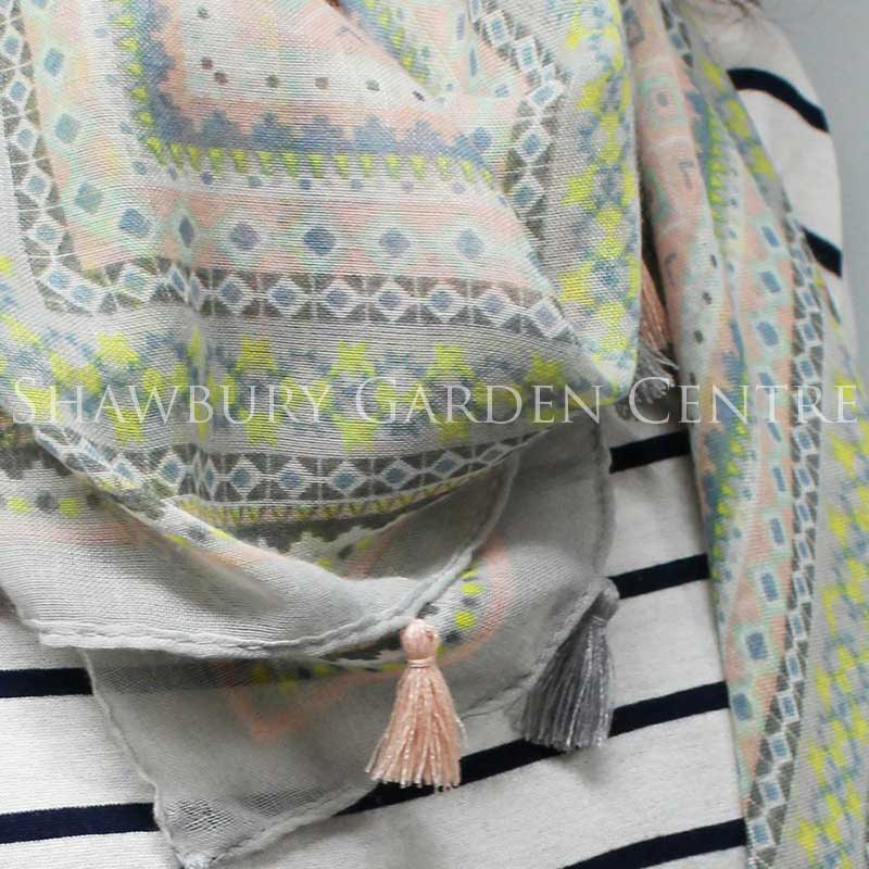 Picture of Pretty Pastel Pattern Scarf
