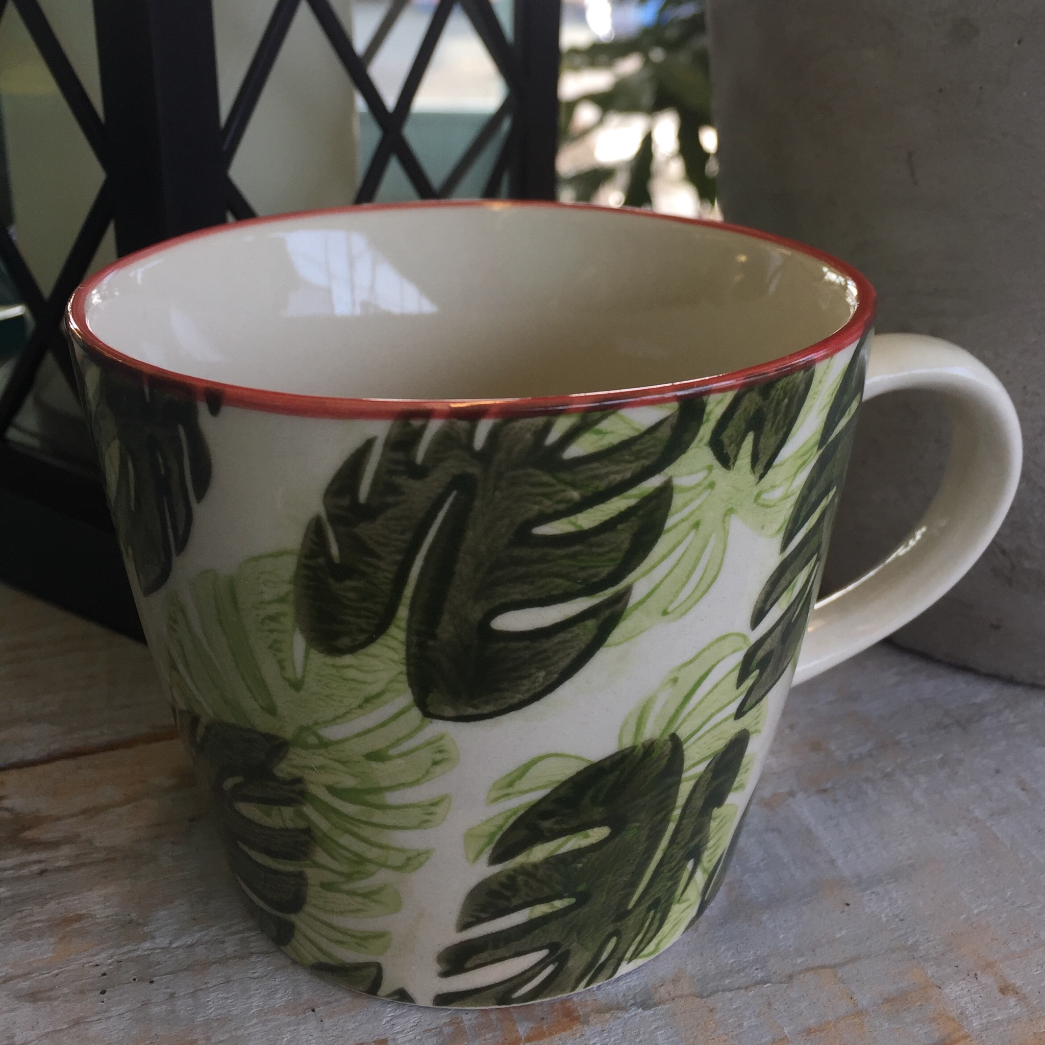 Picture of Gisela Graham Cheese Plant Leaf Ceramic Mug