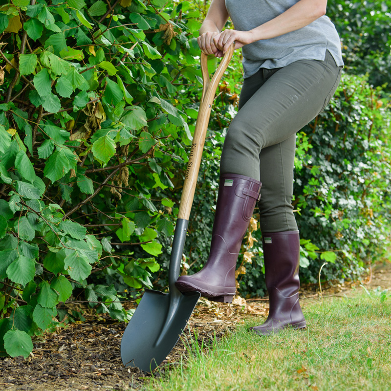 Picture of Kent & Stowe Carbon Steel Round Nosed Shovel