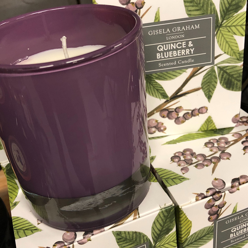 Picture of Gisela Graham Quince & Blueberry Scented Candle