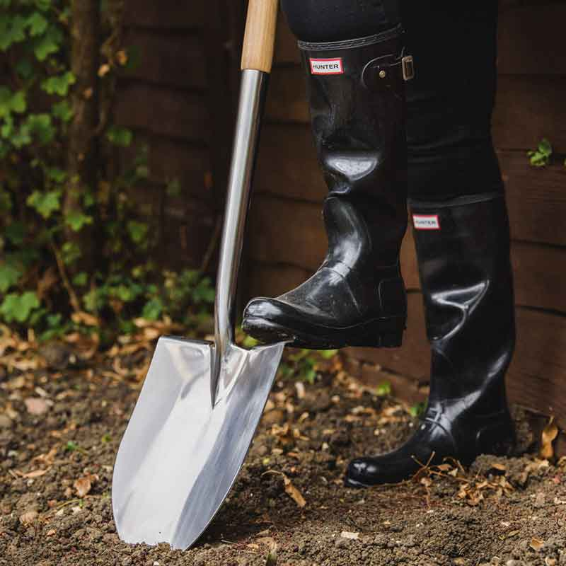 Picture of Kent & Stowe Pointed Stainless Steel Spade