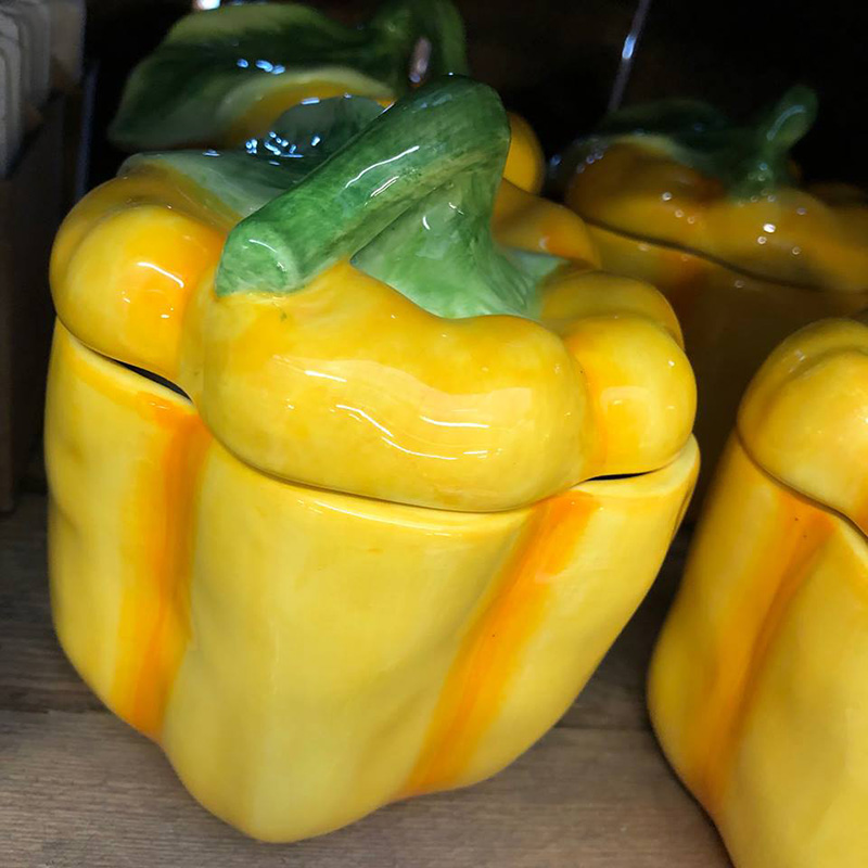 Picture of Gisela Graham Yellow Ceramic Pepper Pot with Lid