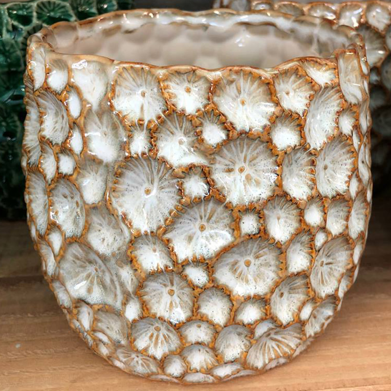 Picture of Gisela Graham Natural Ceramic Crator Pot cover
