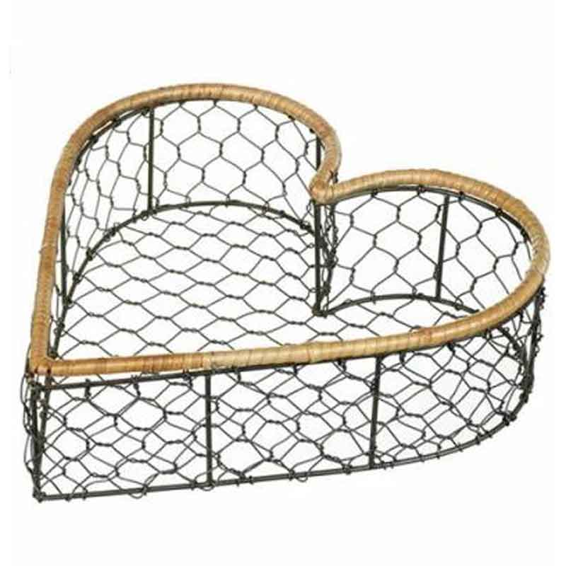 Picture of Parlane CHICKEN WIRE HEART BASKET