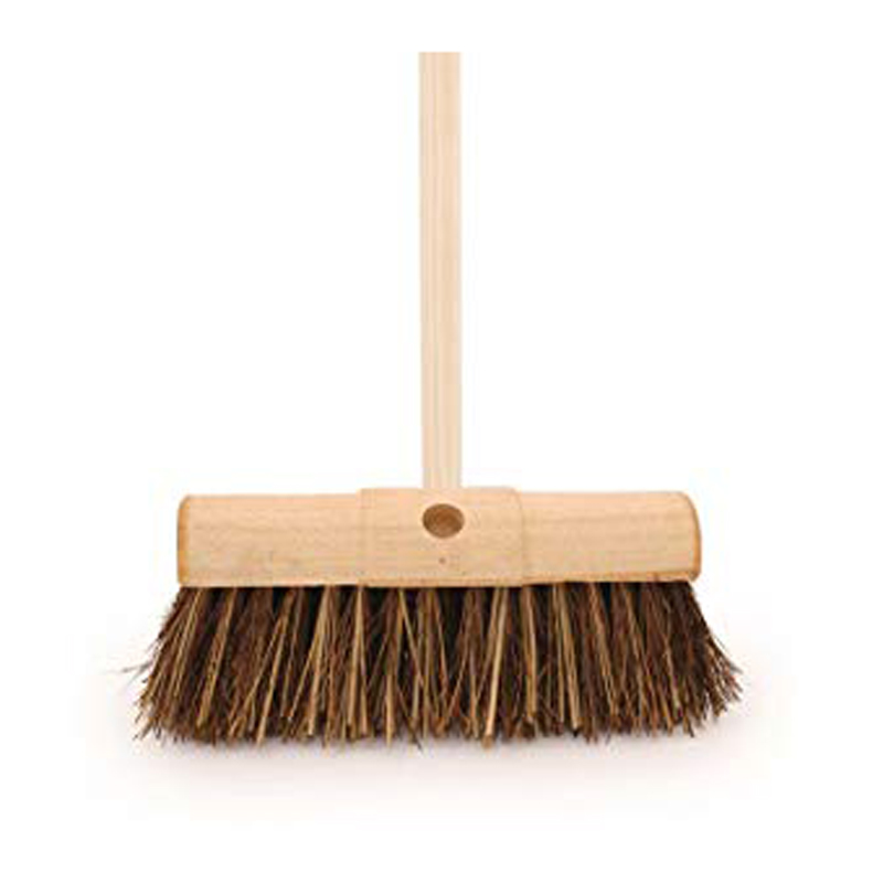 Picture of Bentley Saddle Back Bassine & Cane Broom With Handle