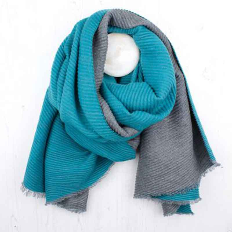 Picture of pom925 Grey & Turquoise Pleated Scarf