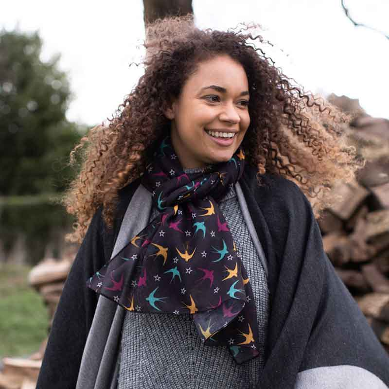 Picture of pom925 Swallows & Stars Scarf
