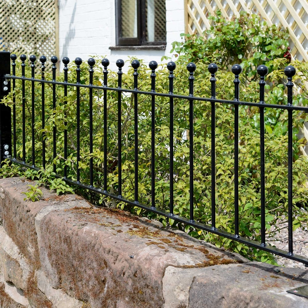 Picture of Grange Wenlock 'Ball Top' Low Metal Railings Panel