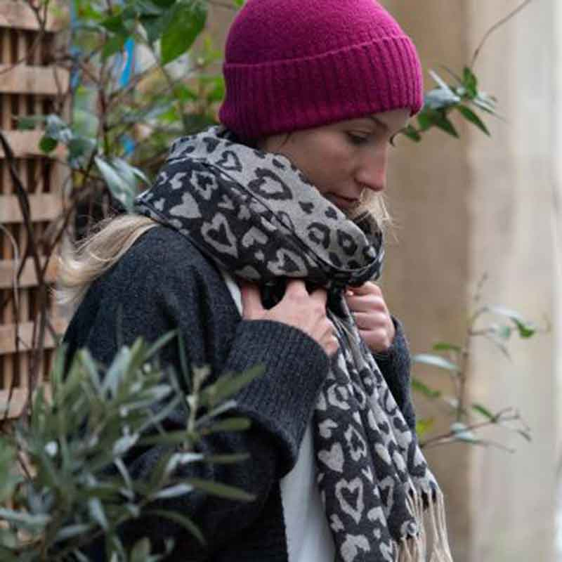 Picture of Scarves, Bags & Other Accessories